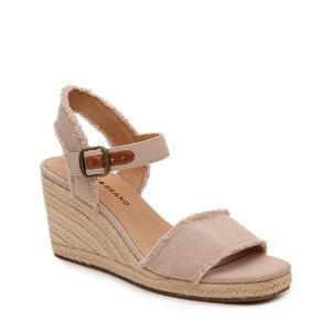 NWT Lucky Brande Wedge Sandal